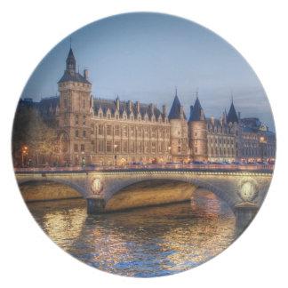 Conciergerie Melamine Plate