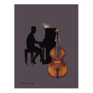 Concierto del jazz con el piano, el doble-bajo y postales