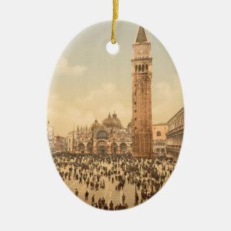 Concierto en el cuadrado II, Venecia, Italia de St Adorno Ovalado De Cerámica