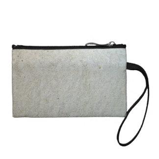 Concrete kerbing change purse