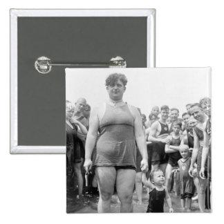 Concurso de belleza en el lavabo de marea 1919 pin