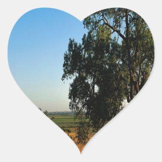 Condado de los granjeros del camino de la pegatina corazon personalizadas