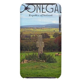 Condado Donegal - cruz de piedra Barely There iPod Cárcasas