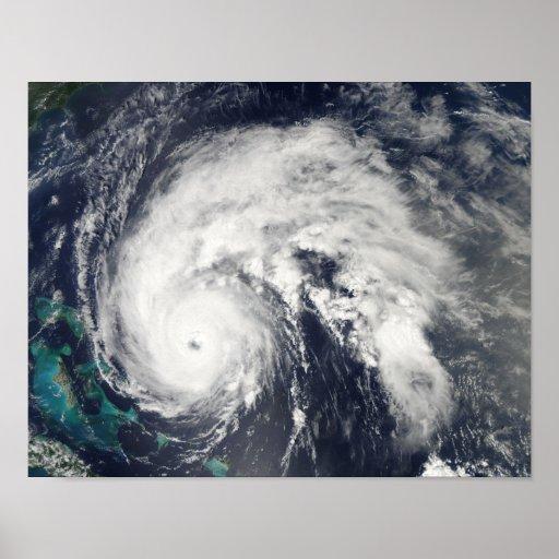 Conde 3 del huracán póster