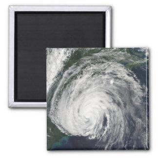 Conde del huracán del Mediados de-Atlántico Imán Cuadrado
