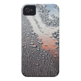 Condensed water drops iPhone 4 cover