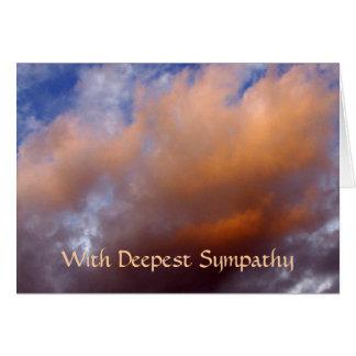 Condolencia cuidada - nubes del color del melocotó tarjeta de felicitación