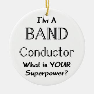 Conductor de la banda adorno navideño redondo de cerámica
