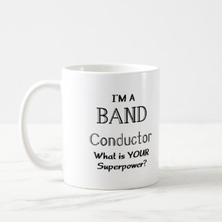 Conductor de la banda taza básica blanca