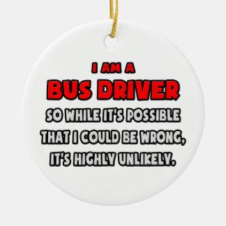 Conductor del autobús divertido. Altamente Adornos De Navidad