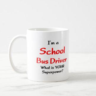 Conductor del autobús escolar tazas de café