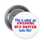 Conductor del autobús impresionante pins