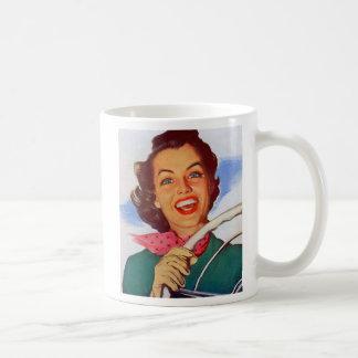 Conductor retro de la mujer de las mujeres del vin taza de café