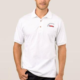 Conductor señalado con clase camisetas
