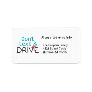 Conduzca con seguridad las etiquetas de dirección