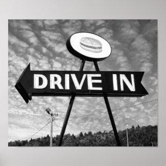 Conduzca en hamburguesas posters