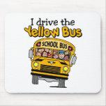 Conduzco el autobús amarillo tapetes de raton