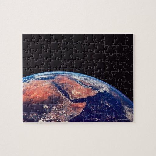 Conecte a tierra de un satélite 3 puzzles con fotos