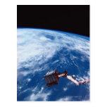 Conecte a tierra de un transbordador espacial 2 tarjetas postales