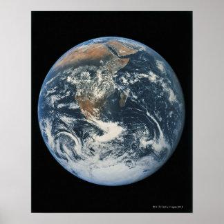 Conecte a tierra del espacio 10 póster