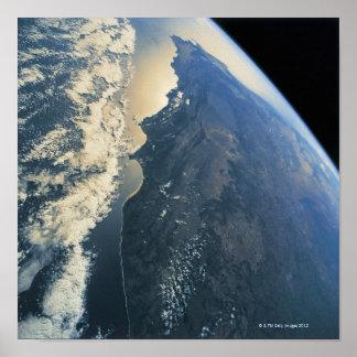 Conecte a tierra del espacio 13 posters