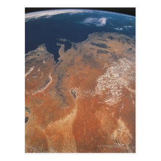 Conecte a tierra del espacio 24 postal