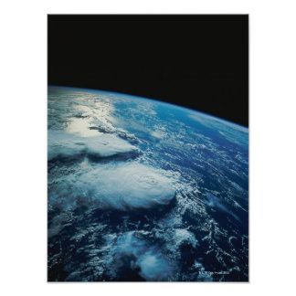 Conecte a tierra del espacio 31 poster