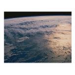 Conecte a tierra del espacio 32 postal