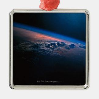 Conecte a tierra del espacio exterior 2 ornamentos de reyes