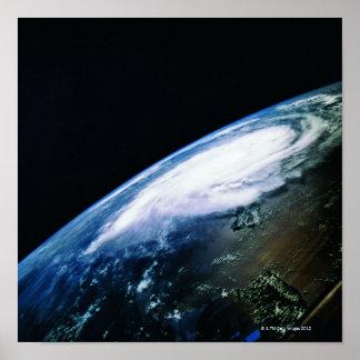 Conecte a tierra del satélite 3 poster