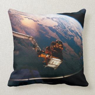 Conecte a tierra del transbordador espacial 3 cojín decorativo