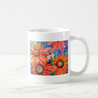 Coneflowers rosado y rojo taza básica blanca