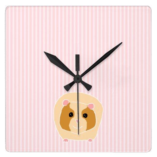 Conejillo de Indias, en rayas rosas claras Relojes De Pared