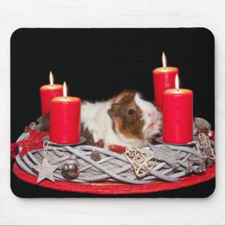 Conejillo de Indias en una decoración del navidad Tapete De Raton
