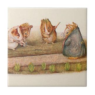 Conejillos de Indias que tienden el huerto Azulejo Cuadrado Pequeño