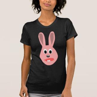 Conejito asustado t shirts