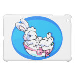 conejito blanco del bebé en el huevo oval.png azul