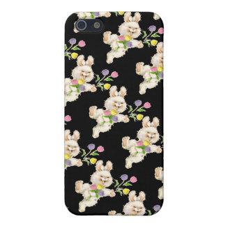 Conejito con el dibujo animado de las flores iPhone 5 carcasa