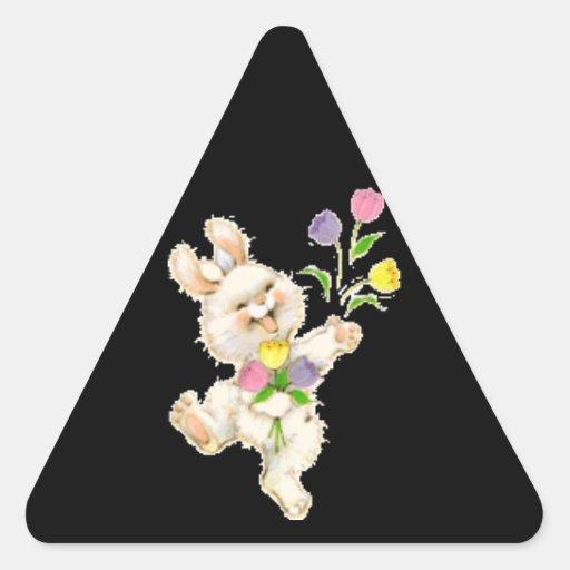 Conejito con el dibujo animado de las flores colcomanias triangulo