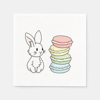 Conejito con los macarrones servilletas de papel