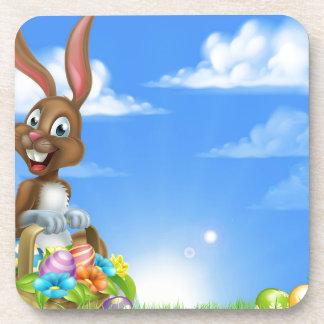 Conejito de la caza del huevo de Pascua Posavasos De Bebida