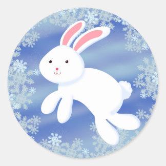 Conejito de la nieve pegatina redonda