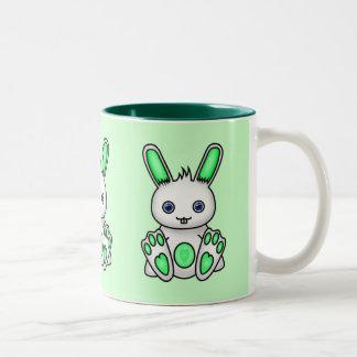 Conejito de la verde menta de Kawaii Taza De Dos Tonos