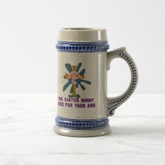 Conejito de pascua ateo jarra de cerveza