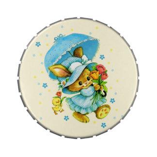 Conejito de pascua del vintage. Caramelo del Latas De Caramelos