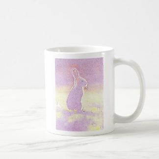 Conejito de pascua lindo del conejo del © P Taza