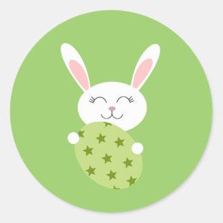 Conejito de pascua lindo (verde) pegatinas redondas