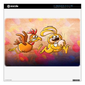 Conejito de pascua que roba un huevo de una gallin 27,9cm MacBook air calcomanía