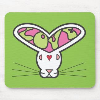 Conejito del amor - escuela vieja mousepad