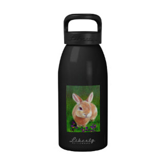 Conejito del trébol botella de agua reutilizable